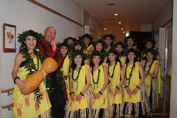 ハワイアンフラ ・  ダンス集合写真